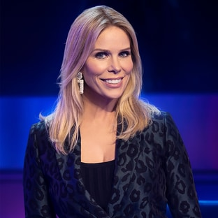 Panelist Cheryl Hines I Can See Your Voice