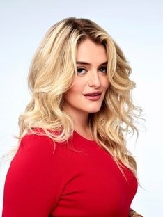 Judge Daphne Oz MasterChef Junior