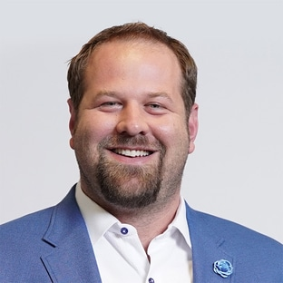 Host Geoff Schwartz Talk the Line with FOX Bet