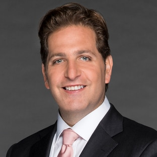 Host Peter Schrager FOX NFL Kickoff