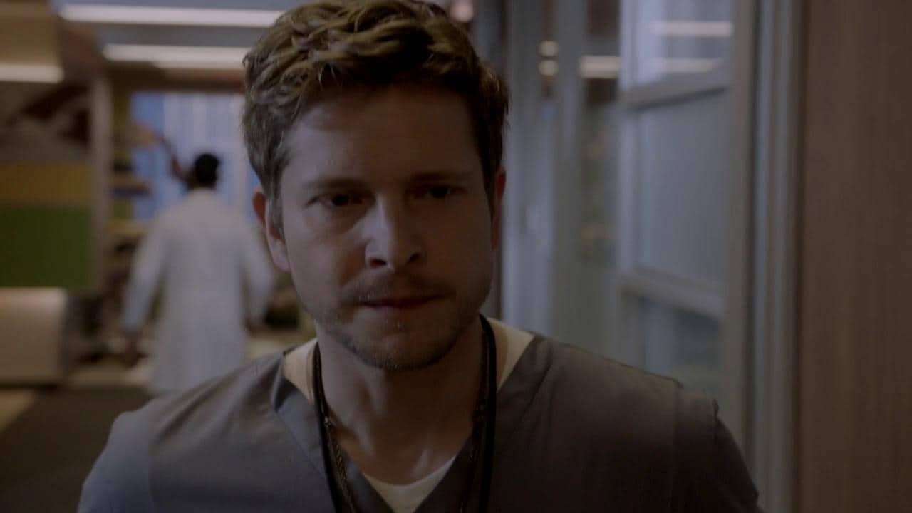 the resident - photo #5